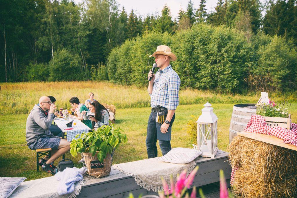 cowboy-host